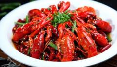 2020年中国小龙虾产业产量、价格、进出口情况分析,小龙虾市场逐渐回暖「图」