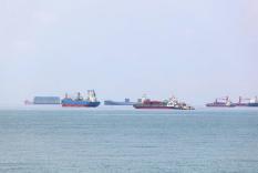 2020年1-4月大连保税区进出口金额及进出口差额统计分析