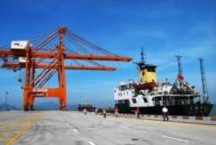 2019年港口行业发展现状及趋势分析,万吨级及以上泊位持续增长「图」