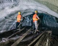 2019年中国铁路隧道建设现状分析,各领域运营隧道已进入建维并重时期「图」