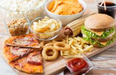 有人愿意购买低价临期食品吗?2021年中国临期食品行业现状分析「图」