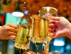 啤酒企业半年报陆续出炉:中国酿酒行业利润总额已创新高 半年首次突破千亿元大关   中国啤酒销量将进入微增时代「图」