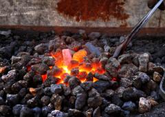 """煤炭期现价格持续""""双升""""煤价触及1500元/吨"""